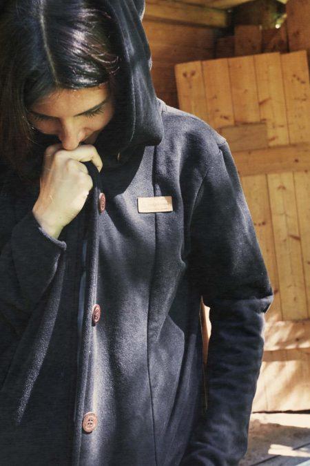 long_buttonjacket_female_3