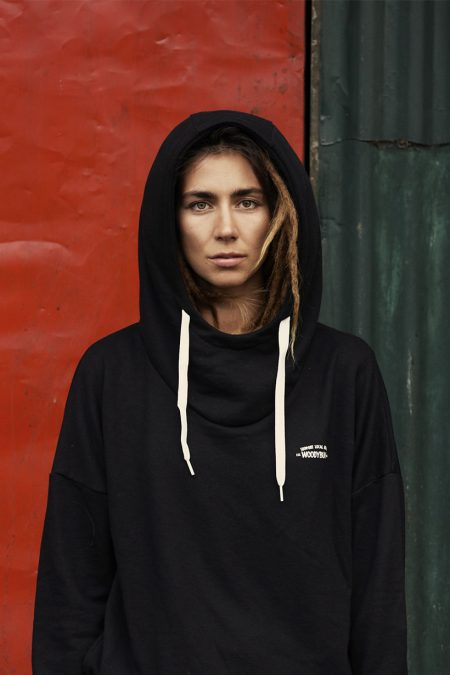 Waterfallhoody Female black von WOODYBUNCH